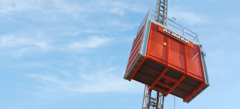 آسانسور های کارگاهی و بالابر های ساختمانی