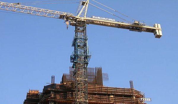 تأثیر جرثقیل های برجی موقت بر روند ساخت و ساز